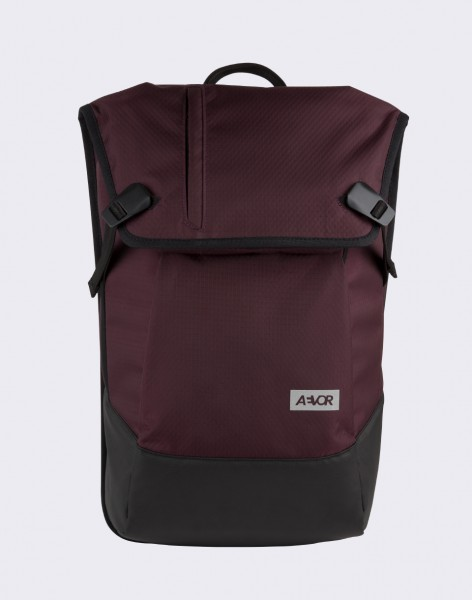 Batoh Aevor Daypack Proof Proof Ruby