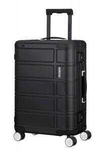 American Tourister Kabinový cestovní kufr Alumo Spinner 70G 34 l – černá
