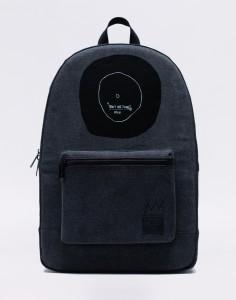 Batoh Herschel Supply Basquiat Daypack BLK Střední (21 – 30 litrů)
