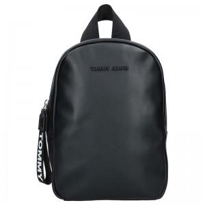 Dámský batoh Tommy Hilfiger Jeans Monic – černá