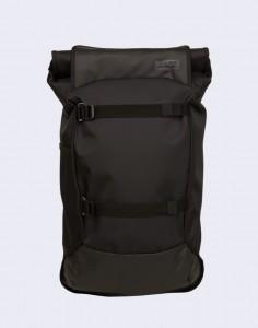 Batoh Aevor Travel Pack Proof Proof Black Velké (31 – 50 litrů)